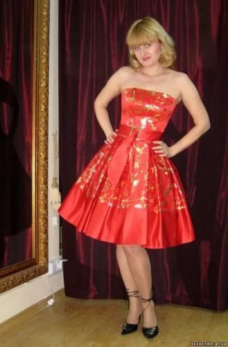 выпускные платья в стиле 60-х.